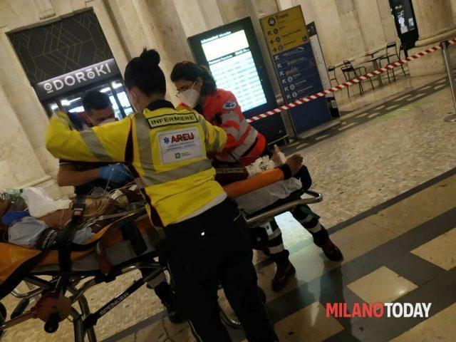 Milano, poliziotto eroe salva uomo colpito da infarto